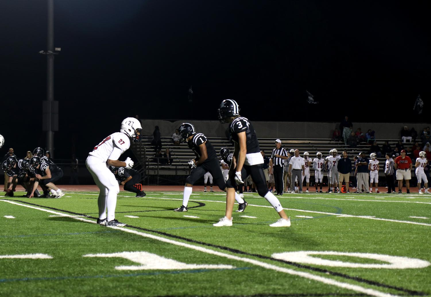 Marsean+Fischer+and+Jack+Roe+prepare+on+the+10+yard+line+for+the+next+play+at+the+2018+Lafayette+Homecoming+game.
