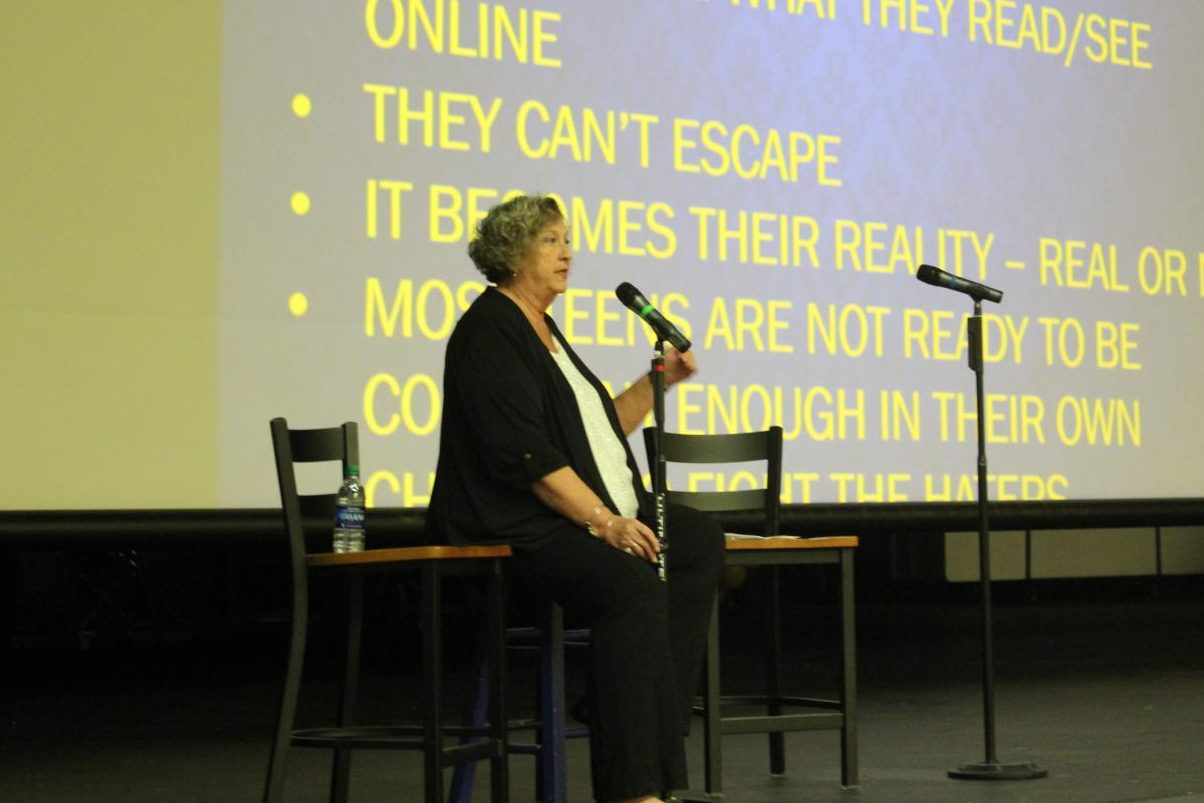 Opening speaker Cindy Schroeder from INOBTR spoke about the risks that the youth faces with new technology at the public forum Tues. Nov. 13.