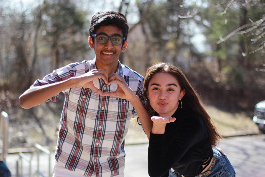 In+another+episode+of+Listen+in%2C+freshman+Aashish+Allu+and+Jessica+Watts+look+into+high+school+relationships.