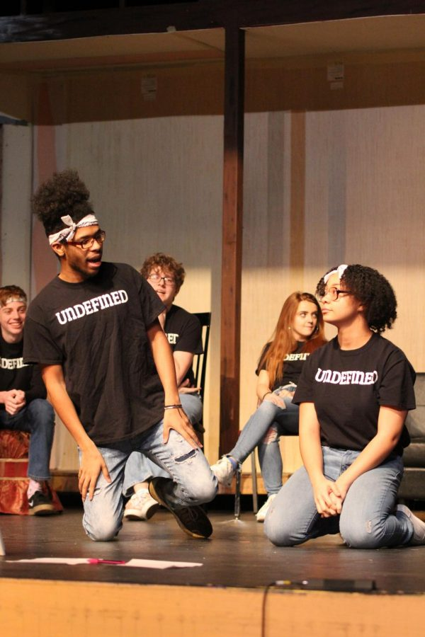 Surayya Cazembe, sophomore, and Kamryn Culberson, senior, perform with their groups during the first two blocks of Flex.