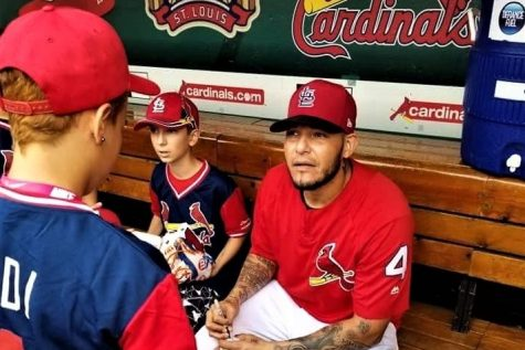 Sophomore Gina Diaz listens to Molina as he talks to her about his road to get to the MLB.