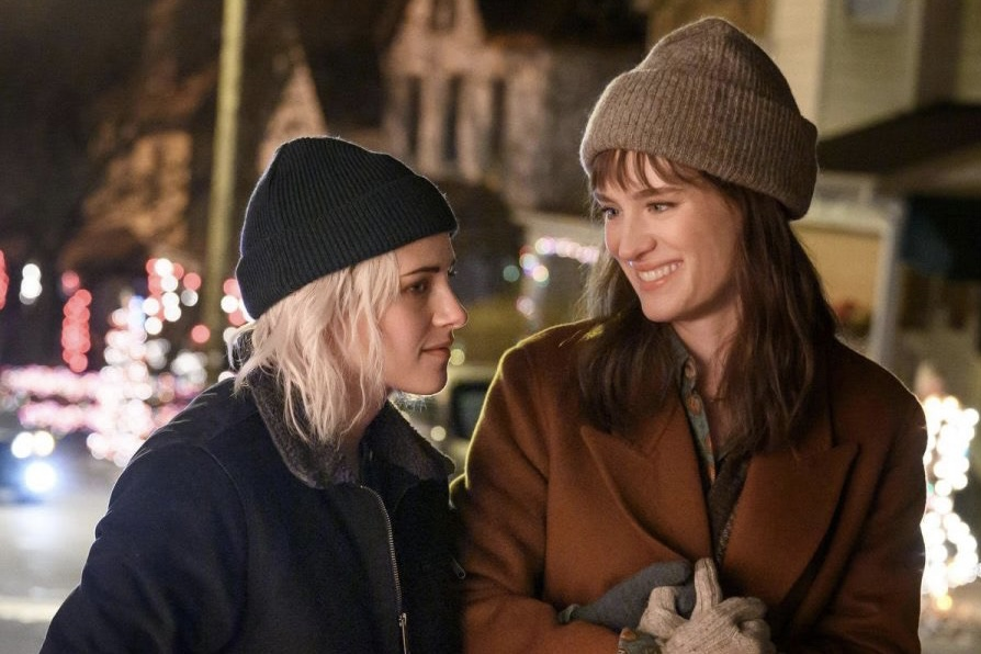 Kristin+Stewart+and+Mackenzie+Davis+in+%22Happiest+Season%22.+The+LGBTQ%2B+holiday+rom-com%2C+directed+by+Clea+Duvall%2C+was+released+to+stream+on+Nov.+25.