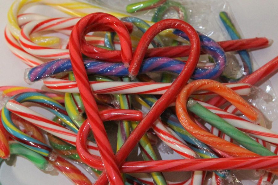 Since their introduction to the United States in 1847, candy canes have been used as candy and decoration, most notably between and during the holidays Thanksgiving and Christmas.