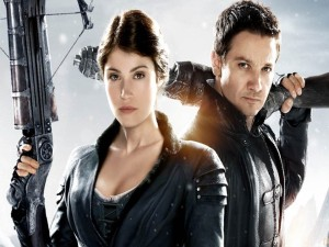 """""""Hansel and Gretel: Witch Hunters"""" sucessfully enhances childhood fairy tale"""