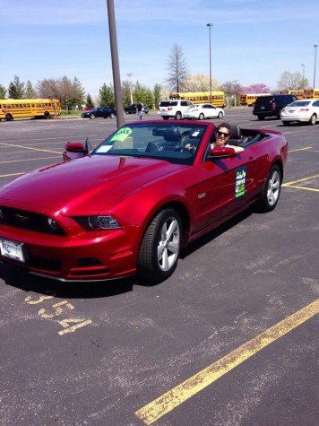Drive 1 4 Ur School fundraiser gives students and family chance to test drive Ford cars