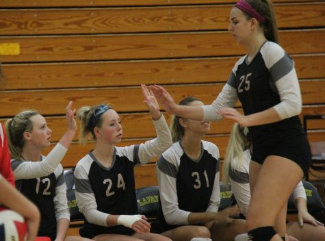 Girls volleyball turns up the heat; wins 9 of last 10