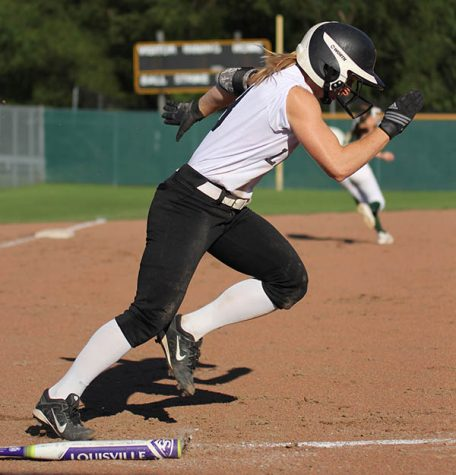 Softball's season comes to a close after loss to Washington