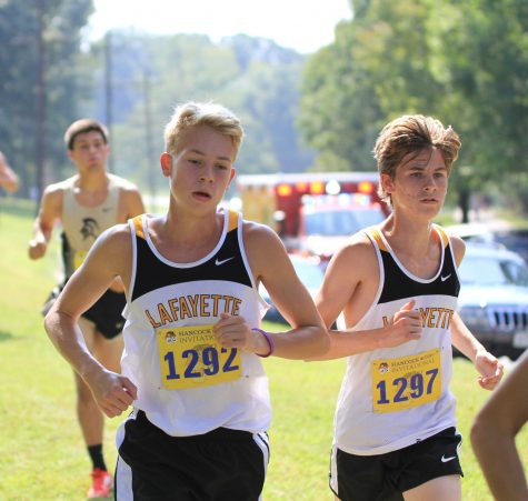 Boys and girls cross country stay successful in Suburban West Conference Meet