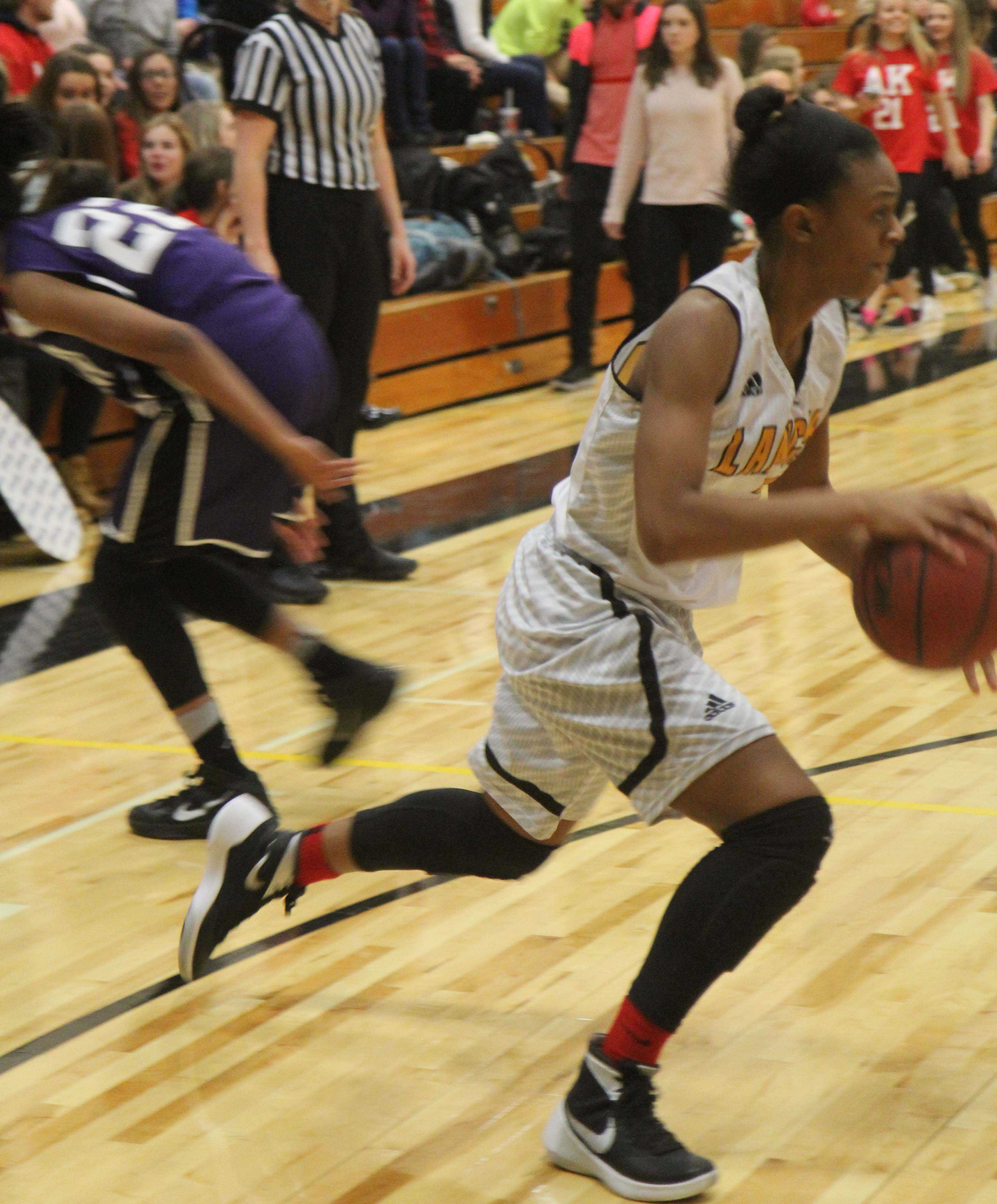 Jordyn Terry drives by an opponent in a game last year.