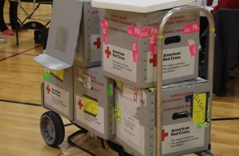 Students, staff donate blood for St. Louis area