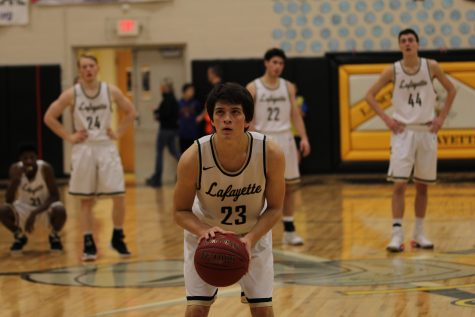 Flinn erupts for 28 points against Mehlville; team to play for Parkway West championship