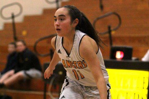 Carpenter explodes for 14 points; girls basketball back on track