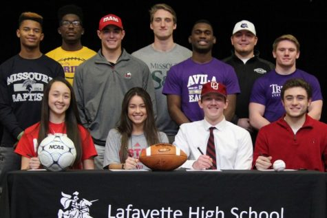 Lafayette athletes sign to college of choice