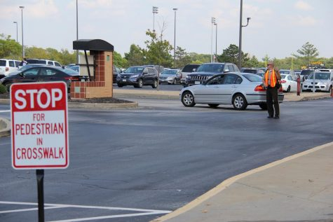 SRO reminds students, parents to remember parking lot safety