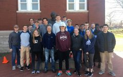 Civil War class visits cemetery, museum for field trip