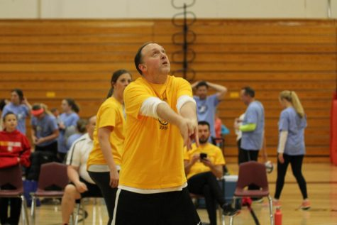 Teacher volleyball event brings community together
