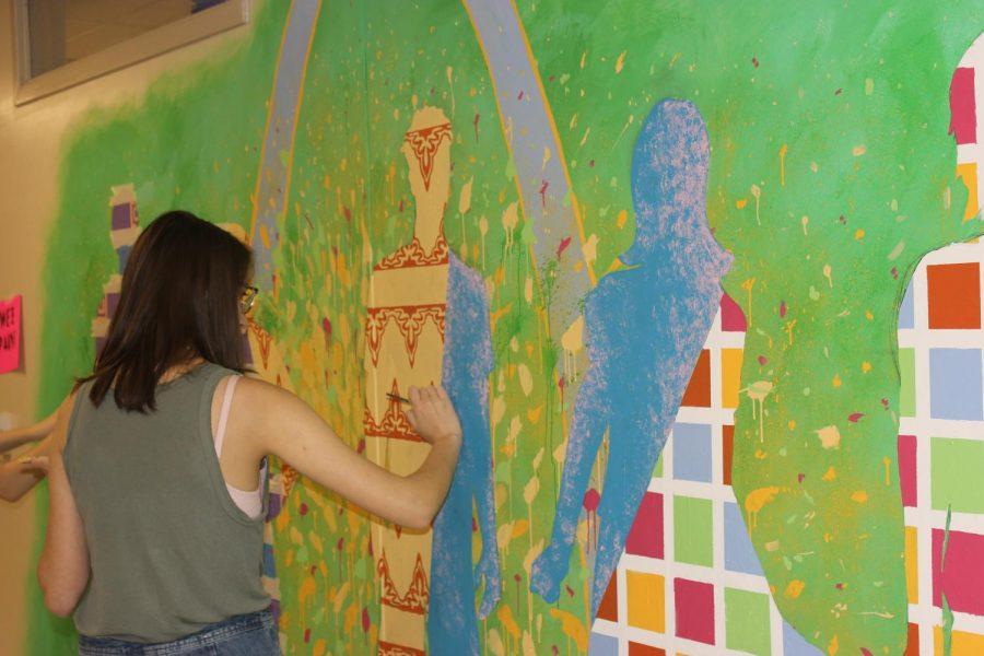 AP Studio paints mural in Science Hall