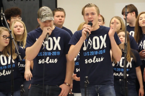 Lafayette music performs at middle schools