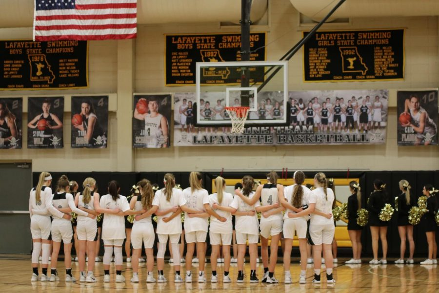 Girls basketball hosts Marquette for Senior Night