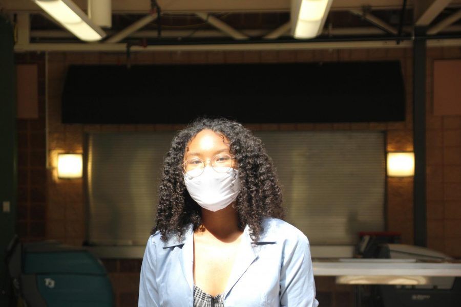 It should be mandatory to wear masks, even if youre in the gym doing gym class, I think you should wear your mask. I mean, obviously we dont want to shut down the school since for seniors its their last year and incoming freshmen who havent been here yet. I think what we can do to reduce the risk of COVID-19 in schools is to wear your mask and to be conscientious, and teachers really need to enforce this. Other students may not agree with it but teachers need to be doing it, senior Elena Mendoza said.